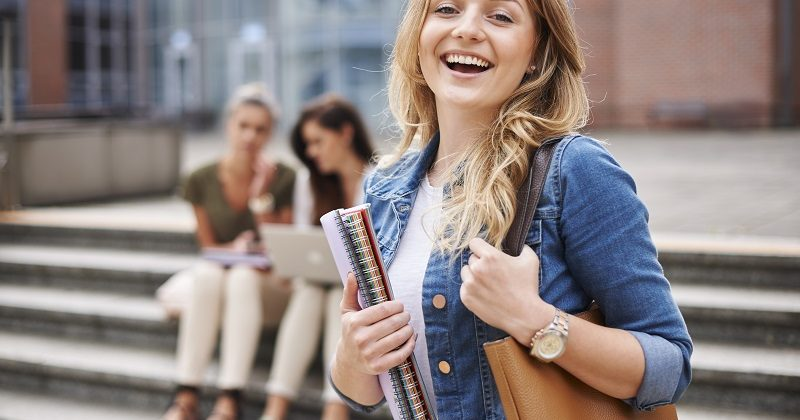 E-dziekanat – jak może pomóc w studiowaniu online?