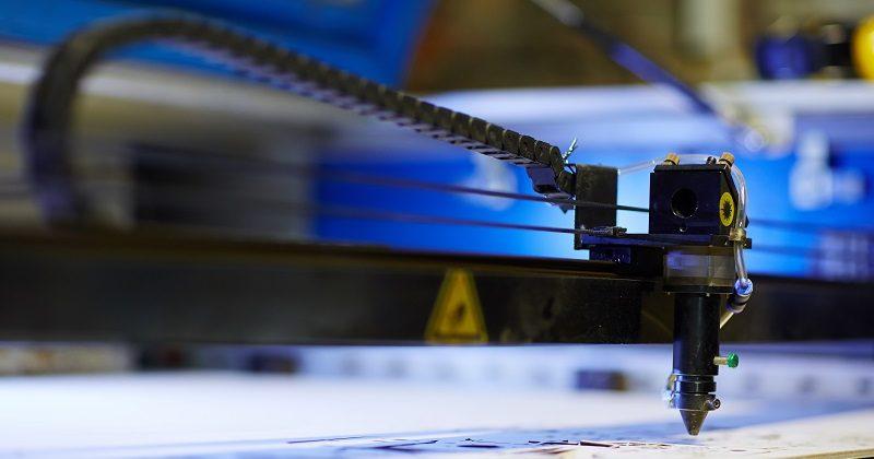 Przyrządy mocujące na obrabiarki CNC wersja automatyczna – gdzie można je kupić?