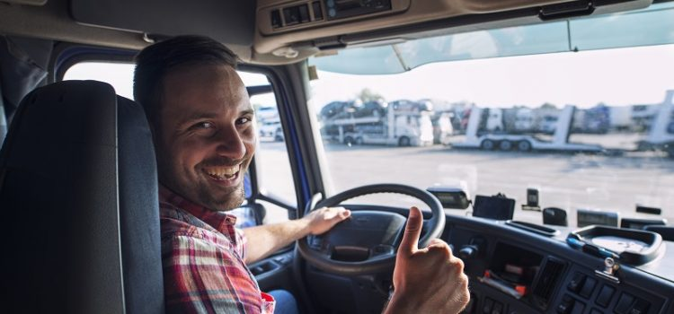 Jak i czy warto założyć firmę transportową?